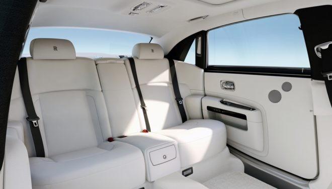 Rolls-Royce Ghost - LBW - 4