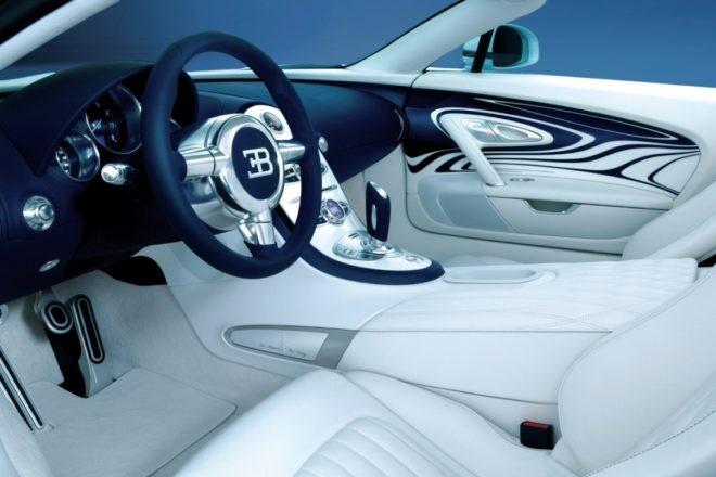 Bugatti Veyron - 2