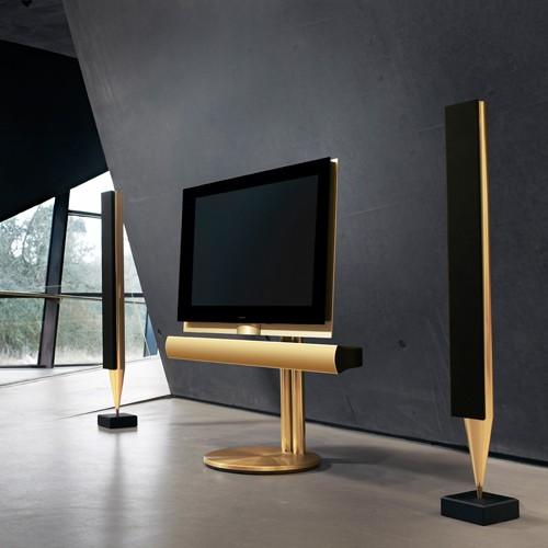 Téléviseur 3D BeoVision 7-55, par Bang & Olufsen – 2