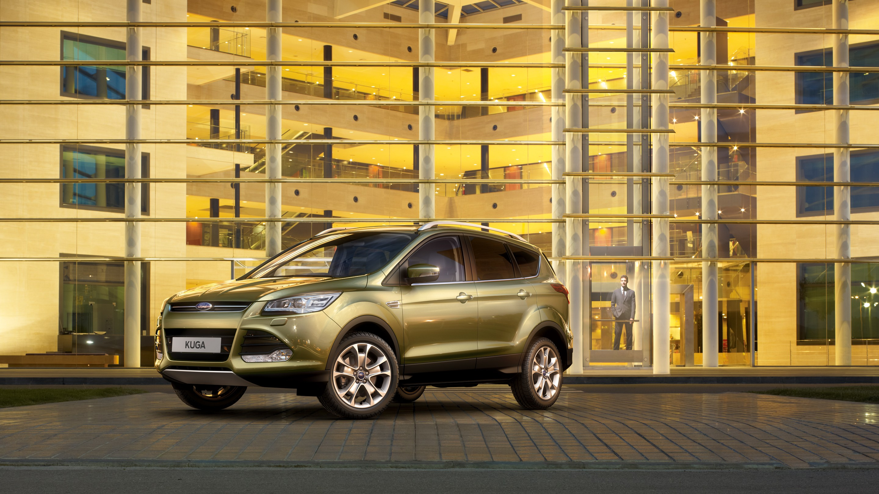 ford kuga 2013 le crossover. Black Bedroom Furniture Sets. Home Design Ideas