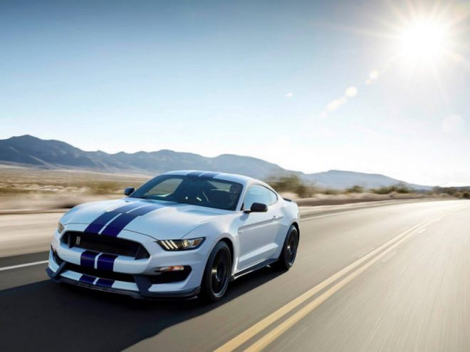Ford Mustang Shelby GT 350 - 1