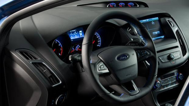 Ford Focus RS 2015 - 11
