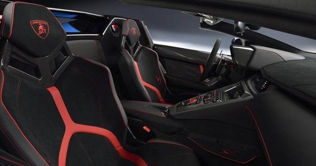 Lamborghini Aventador SV Roadster - 3