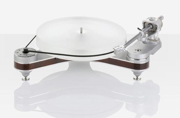 La marque allemande d'équipement audio et de matériel haute-fidélité, Clearaudio, a su se forger une réputation d'excellence depuis sa fondation en 1978. Elle est l'un des rares sociétés a fabriquer la plupart des composants pour ses platines haut de gamme et la qualité de ses produits se base sur une exigence sans concessions. Cette marque […]