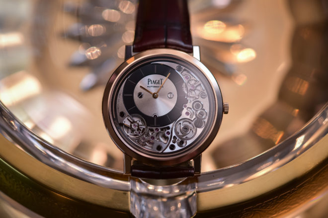 Piaget-Altiplano-Ultimate-Automatic-910P-Thinnest-Automatic-Watch-9-660x440